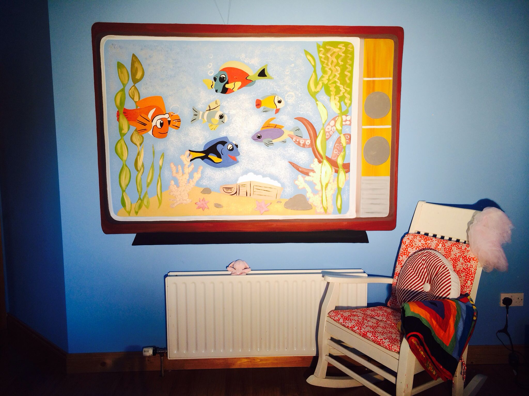 Fish tank painting - Hand Painted Fish Tank Wall Mural In Acrylic