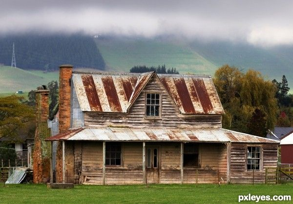 Old Farmhouses Old Farm House Picture For Deriliction Photography Contest Pxleyes Old Farm Houses House Plans Farmhouse Farmhouse Style House