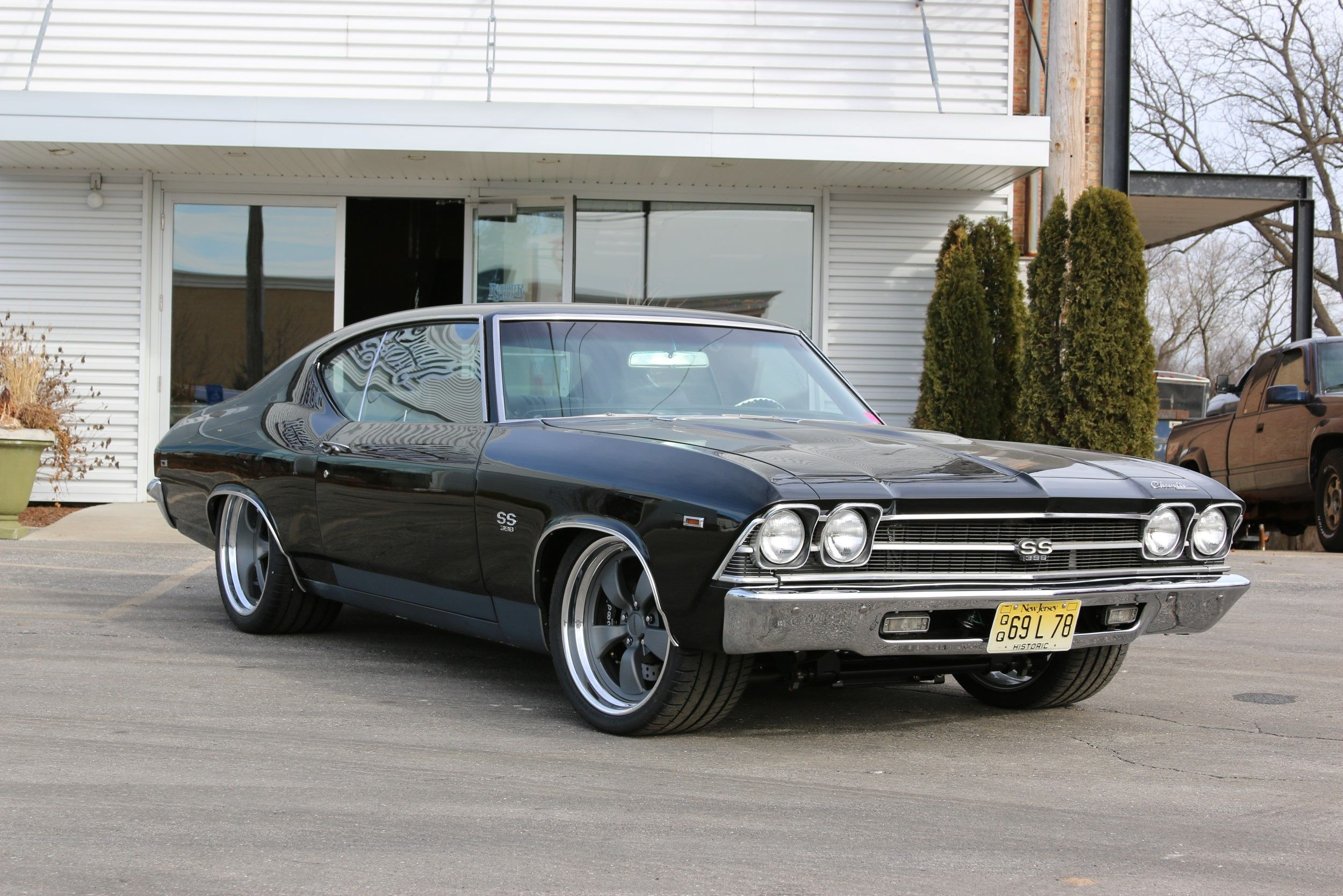 george 39 s 39 69 chevelle ss is another incredible project by roadster shop featuring a roadster. Black Bedroom Furniture Sets. Home Design Ideas