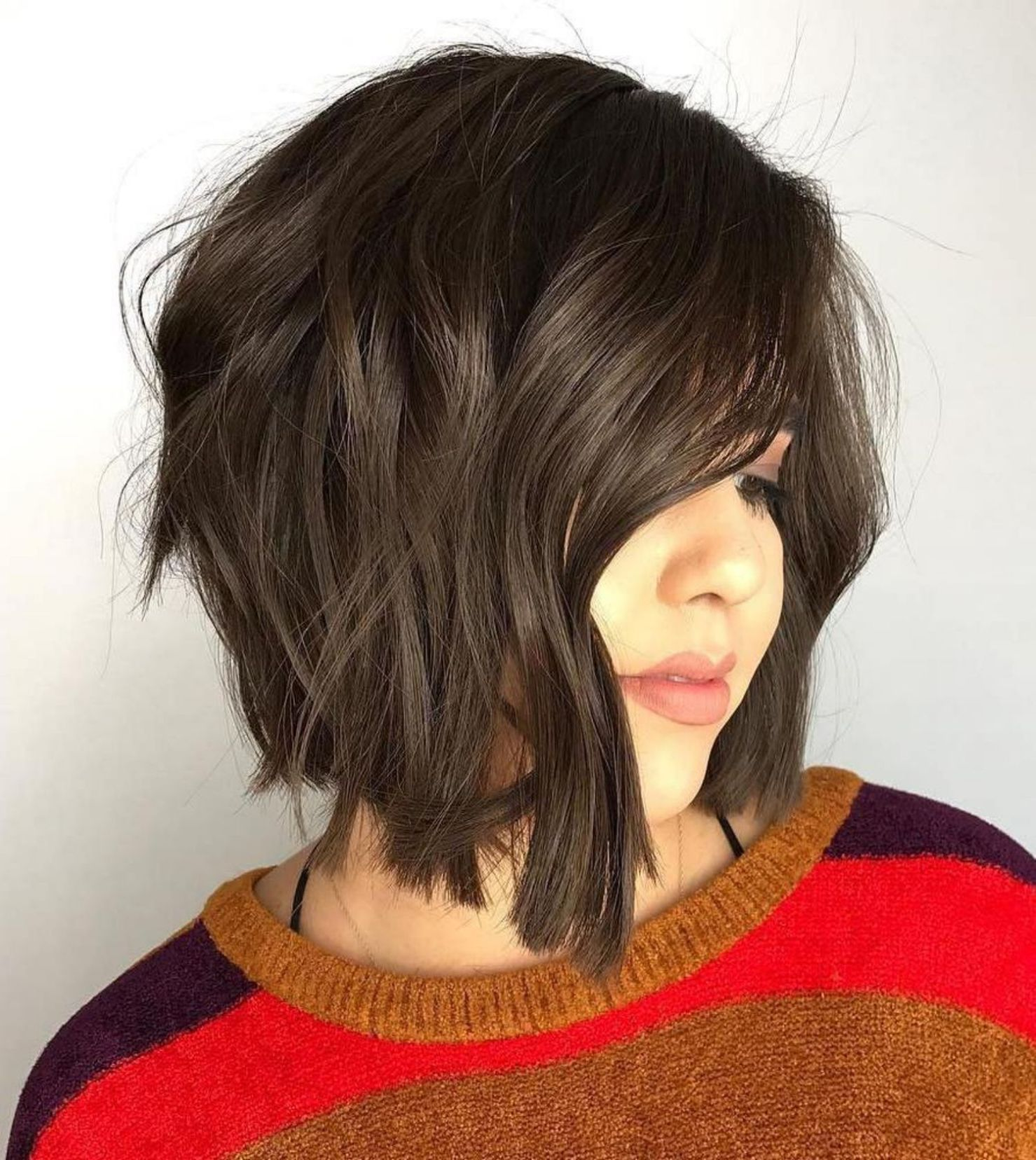 50 Super Cute Looks With Short Hairstyles For Round Faces My Style