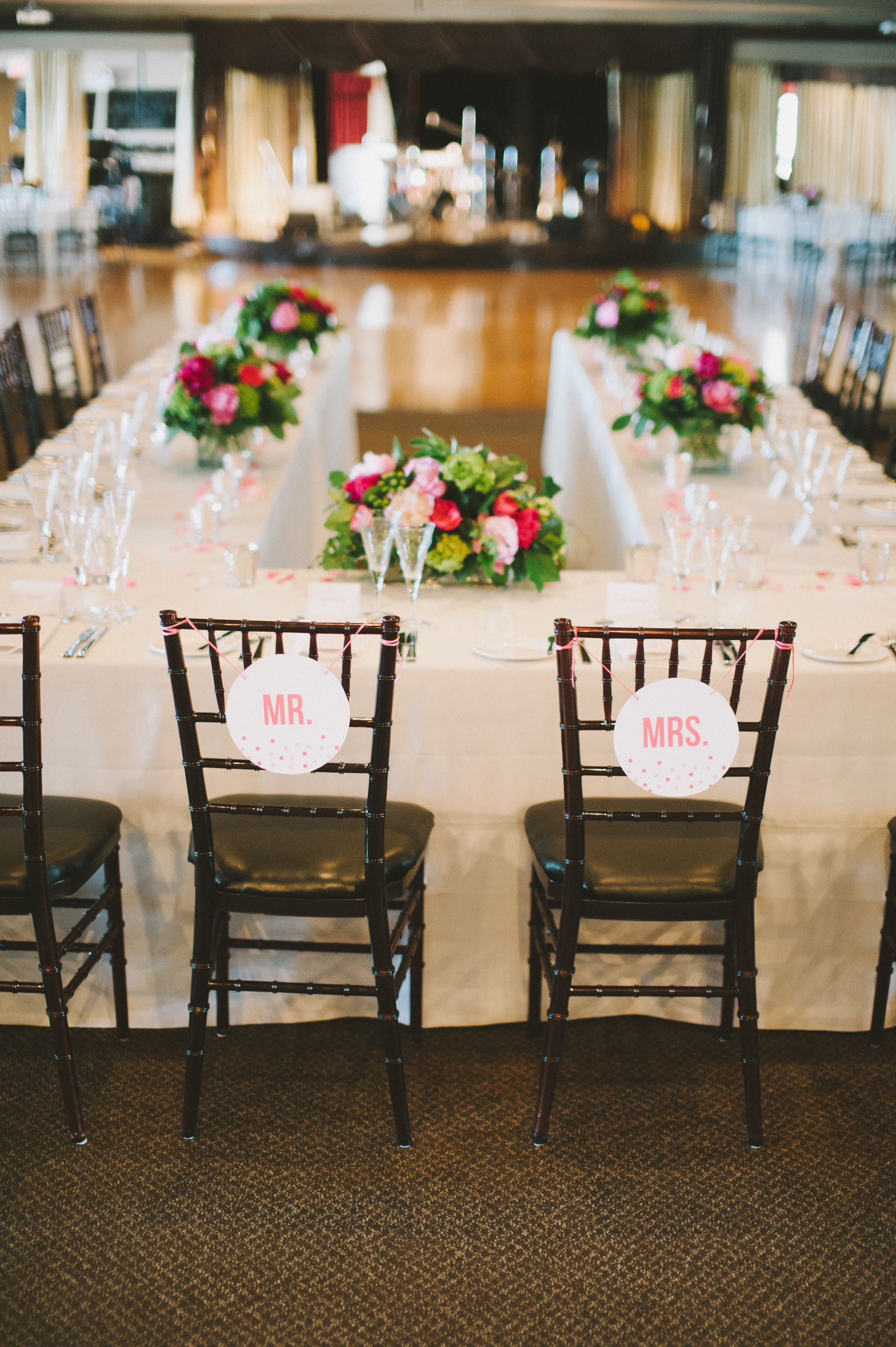 head table layout  with images