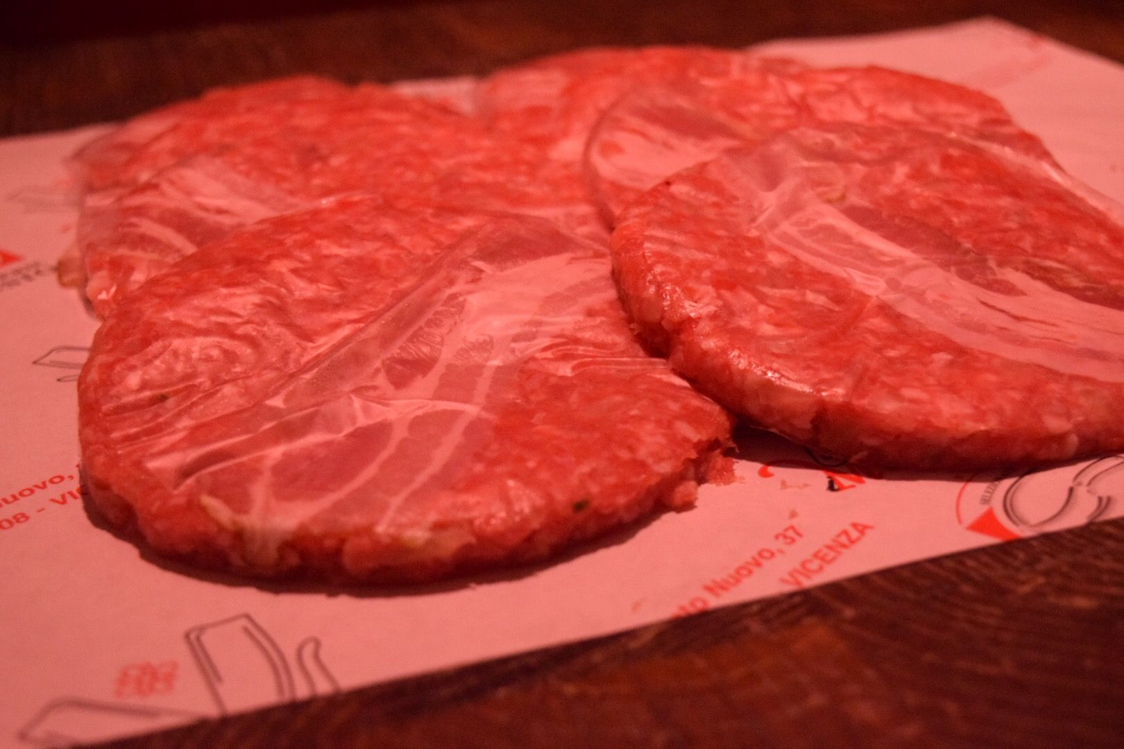 Nuova offerta: Hamburger con cipolla e bacon - Vicenza - I Macellai Vicenza