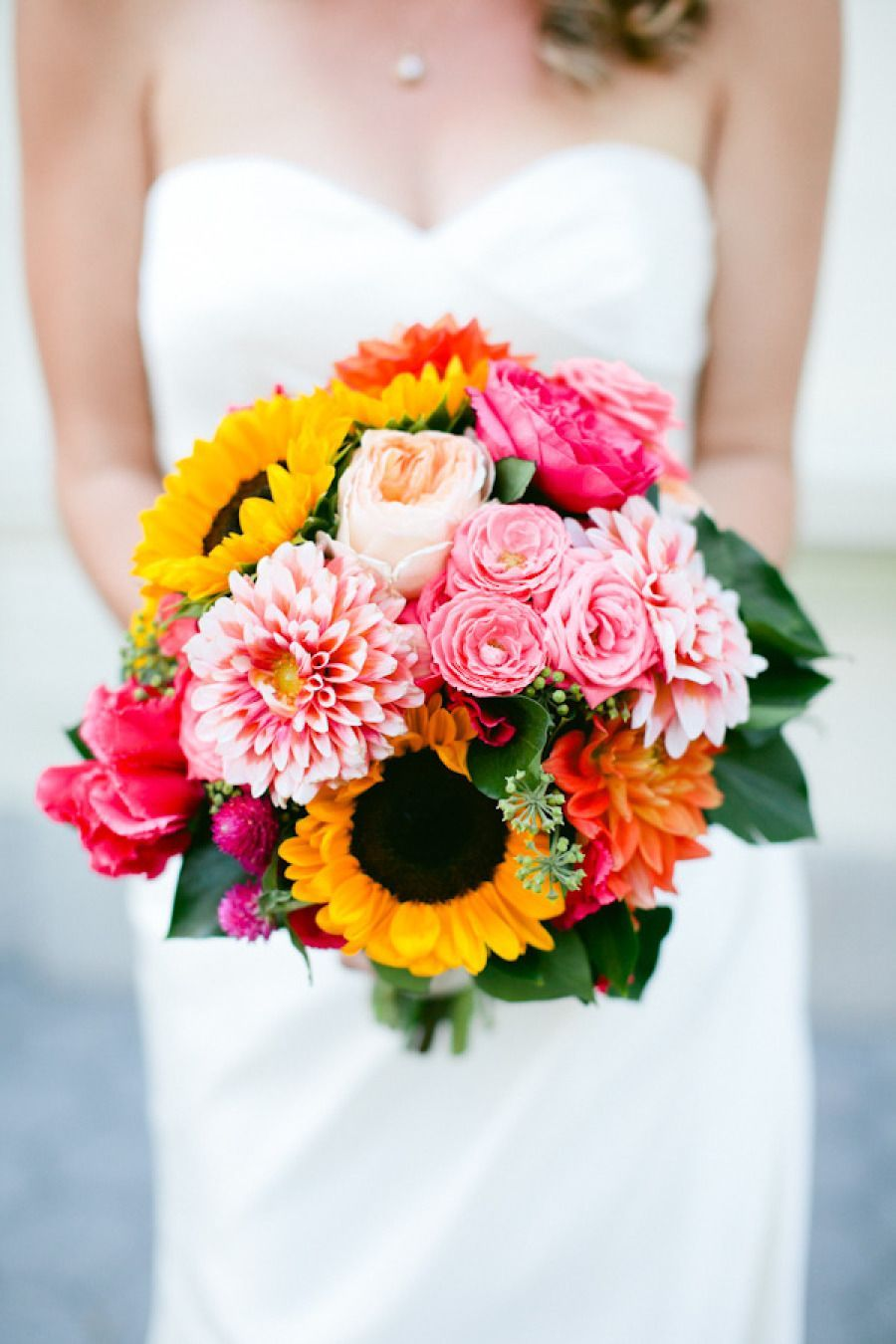 Perfect Fall Wedding Bouquet Ideas for Autumn Brides The bouquet