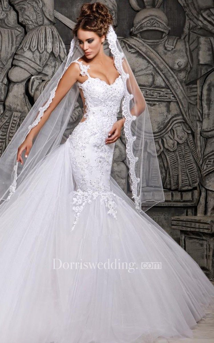 Tulle mermaid wedding dress  Magnificent Lace and Tulle Mermaid Dress with Wedding Veil  Romance
