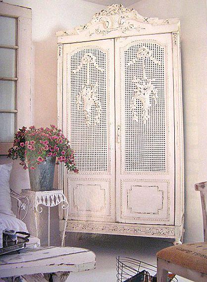Gorgeous shabby chic armoire via casa romantica magazine - Casa romantica shabby chic ...