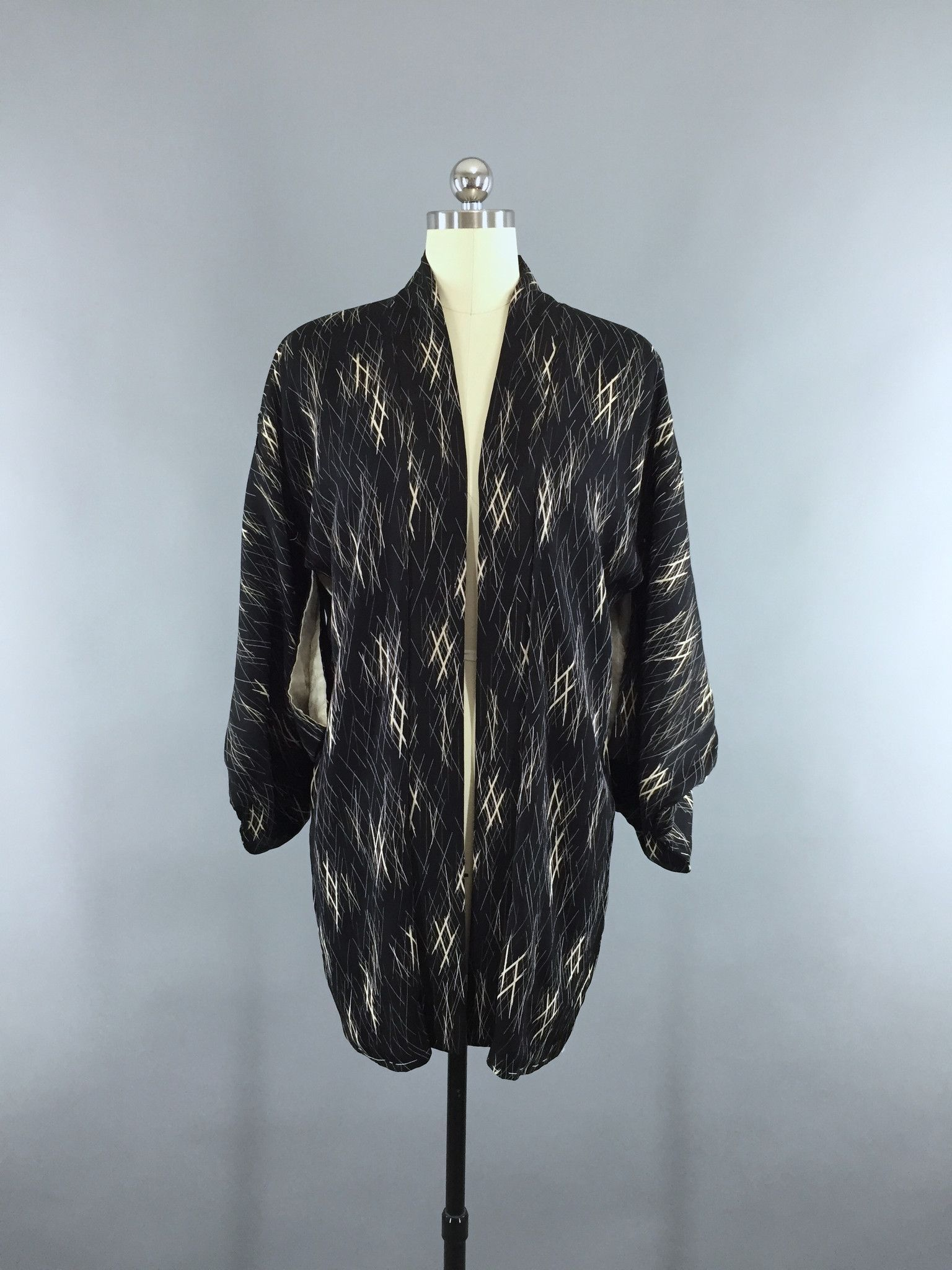 1950s Vintage Silk Kimono Jacket / Silk Haori Kimono Cardigan ...