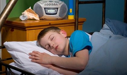 How To Get Your Kid To Sleep In Her Own Bed Bed Wetting Kids