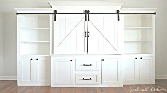 Are you looking for entertainment center ideas? My sliding barn door entertainment center has been on my wishlist for such a long time and now we finally have the entertainment center of our dreams. #slidingdoor #slidingbarndoor #farmhouse #farmhousedecor #farmhousestyle #diyfurniture #diy #furniture #entertainment #center