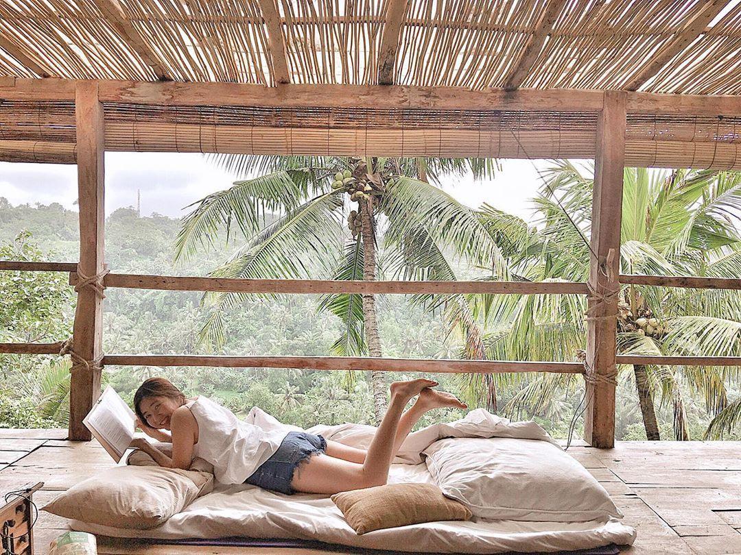 Love myselffffffff 👩🏻😊🥰 . . . . . . . . . . . . . #travel #travelphotography #travelblogger #travelgram #traveling #travelguide #travellover #travelling #travelholic #traveler #travel_drops #traveladdict #travelingram #traveltheworld #traveldeeper #travel_captures #travelawesome #travelwithme #tb #ubud #indonesia #holiday #miss %2