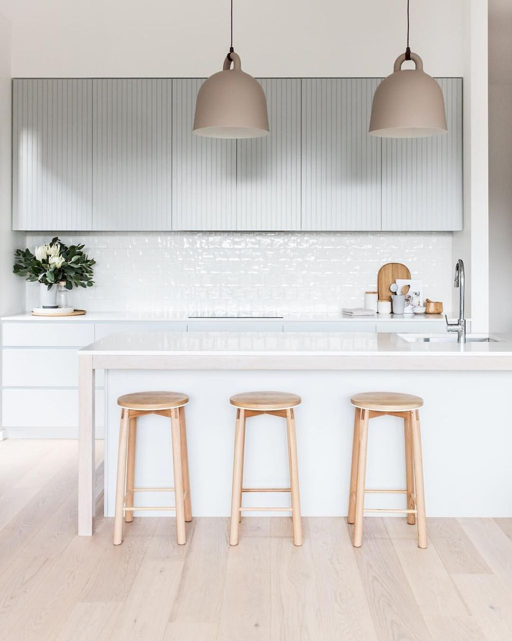 50 Minimalist Bar Stool Ideas For Small Kitchen Bar With Images