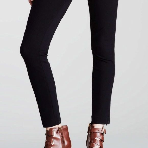 FABULOUS Diane Von Furstenberg pants You'll reach for these amazing DVF pants again and again! Black, material is slightly stretchy and very forgiving. Cute seaming details around the knees. Diane von Furstenberg Pants Straight Leg
