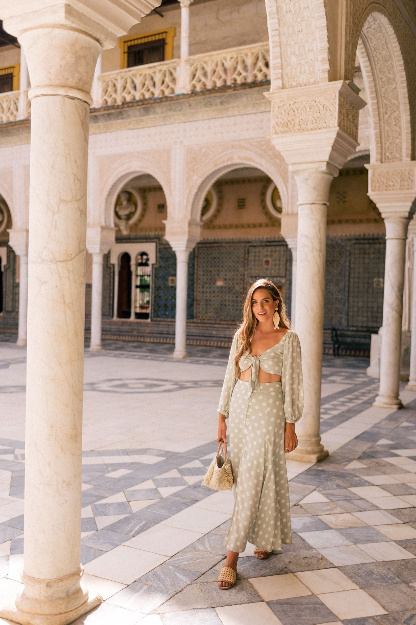 Seville Fashion: Beautiful Tiles In Seville & Visiting Casa De Pilatos