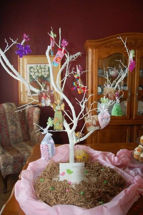 baby shower tree decoration