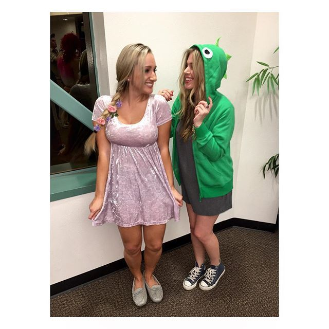 Disney Duos 21 Brilliant Costumes For Best Friends Rapunzel and Pascal  sc 1 st  Pinterest & Disney Duos: 21 Brilliant Costumes For Best Friends   Rapunzel ...