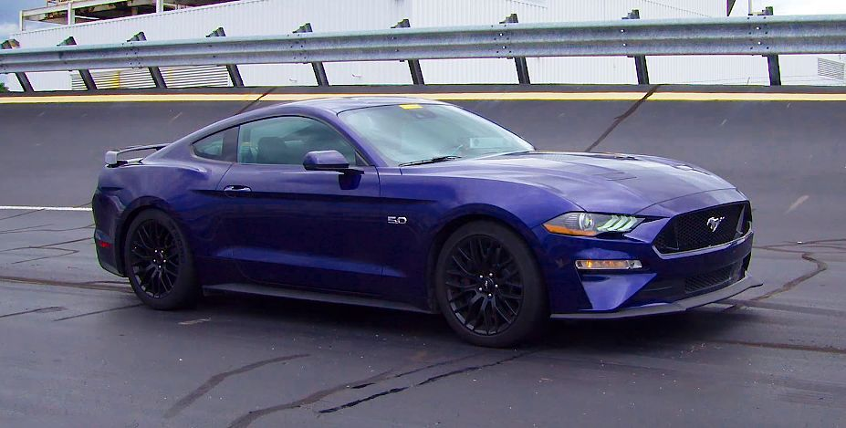 The New 2018 Ford Mustang Gt In Details Video And Specs Mit Bildern