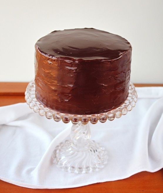 Thin layered Chocolate-Frosted Layer Cake-Gotta Make Eric one of these!