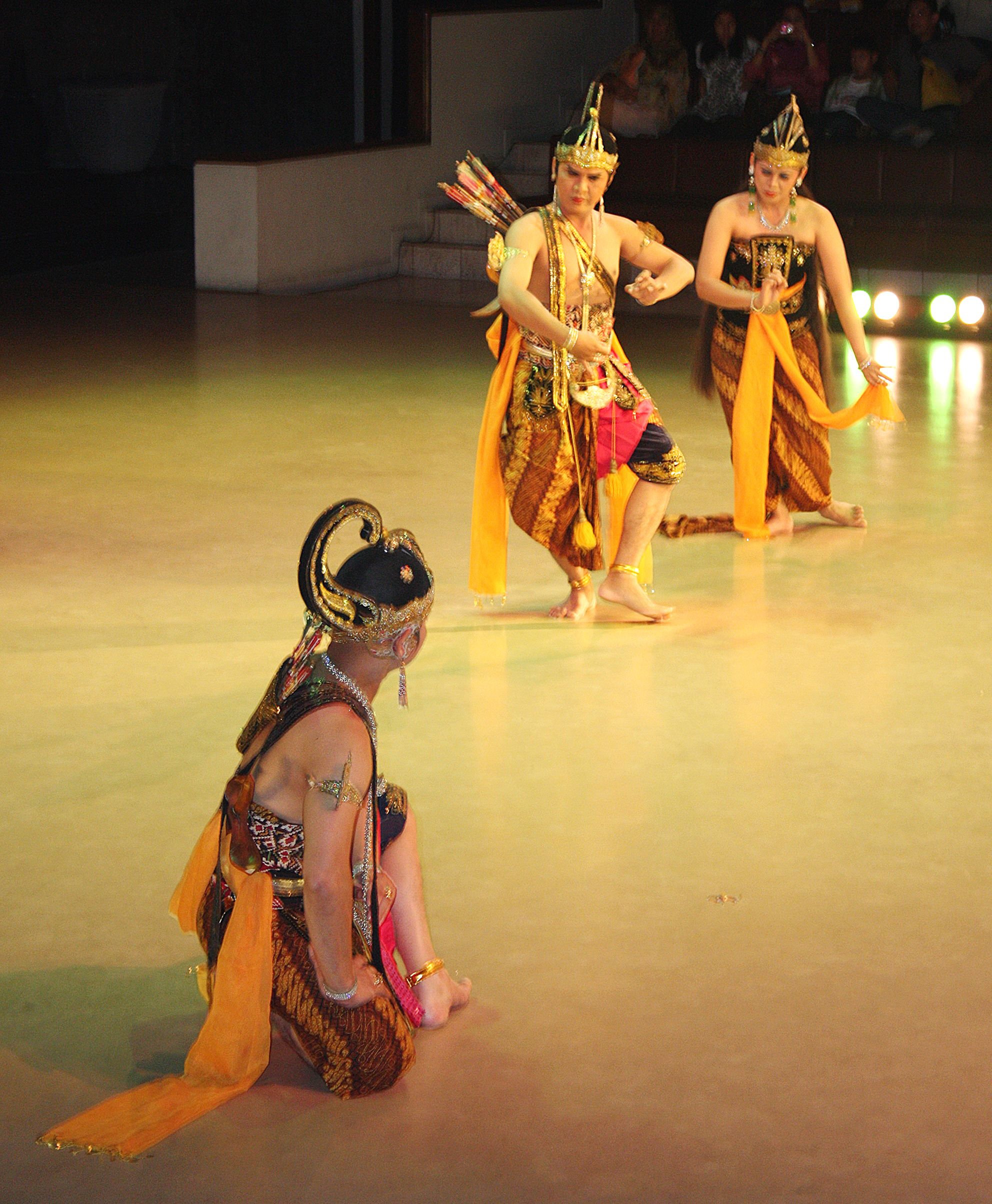 Google Image Result For Https Upload Wikimedia Org Wikipedia Commons 6 60 Ramayana Java Jpg Dance Pictures Dance Culture
