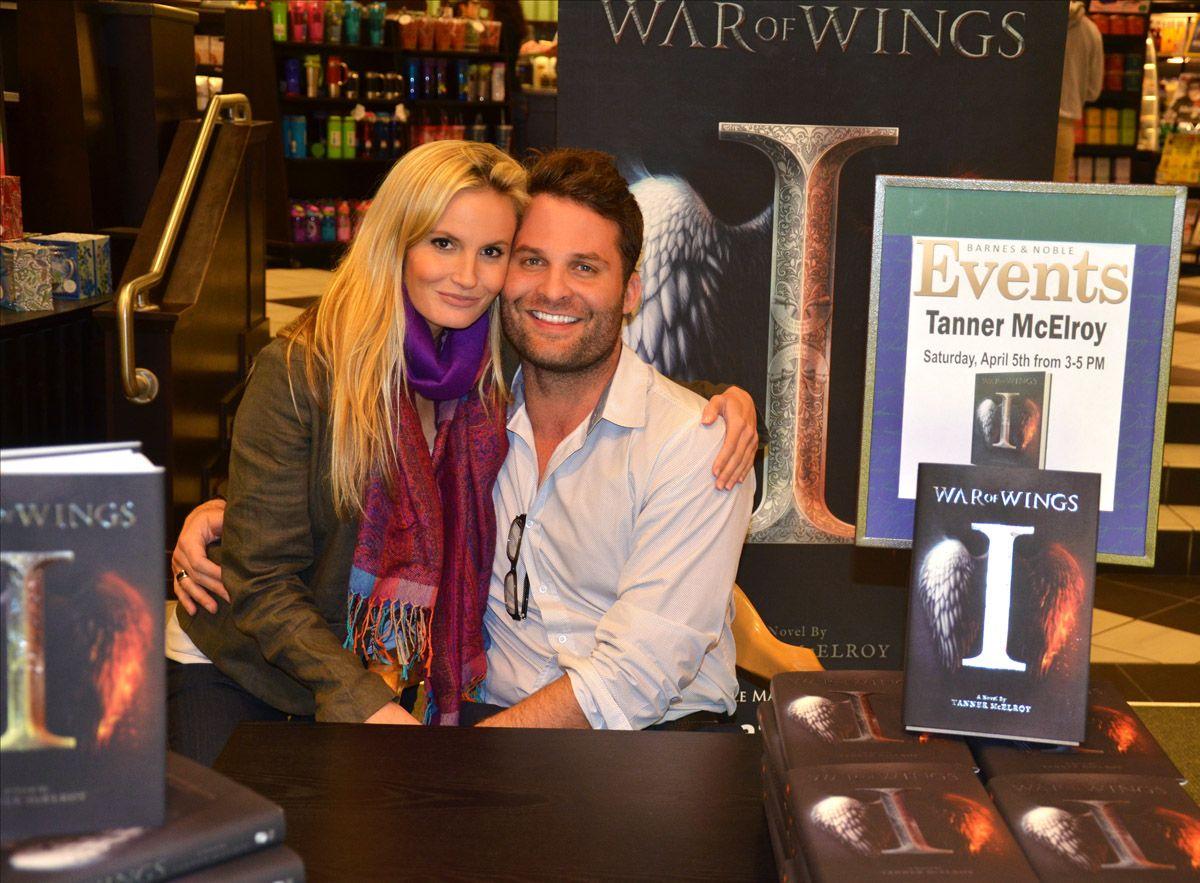 Barnes noble bookstore firewheel mall war of wings