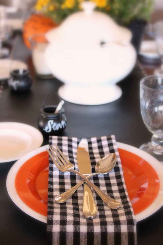 diy Halloween dinner decor, menu on the pumpkin and personalized
