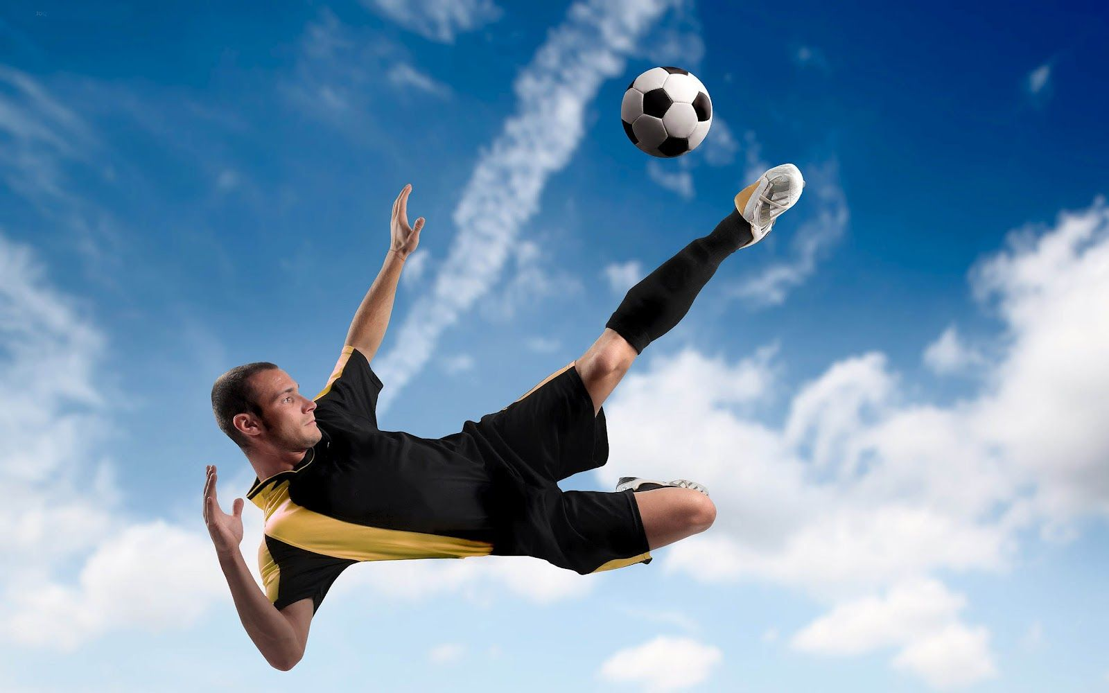 Soccer Wallpapers For Laptop Download Play Soccer Football Wallpaper Sports Wallpapers