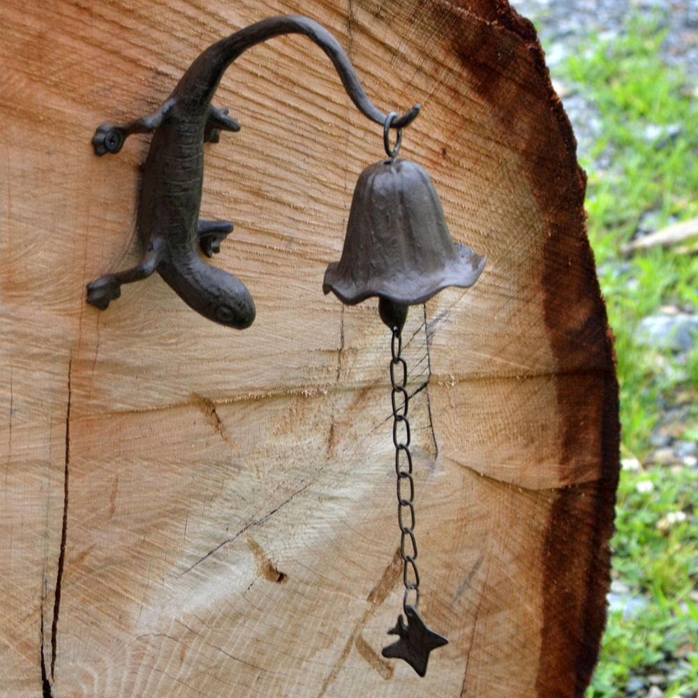 metal wall mount gecko reptile bell/wind chimes outdoor rustic