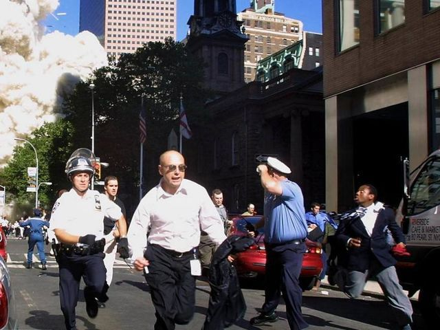These 30 Photos From September 11, 2001 Will Move And Astound You