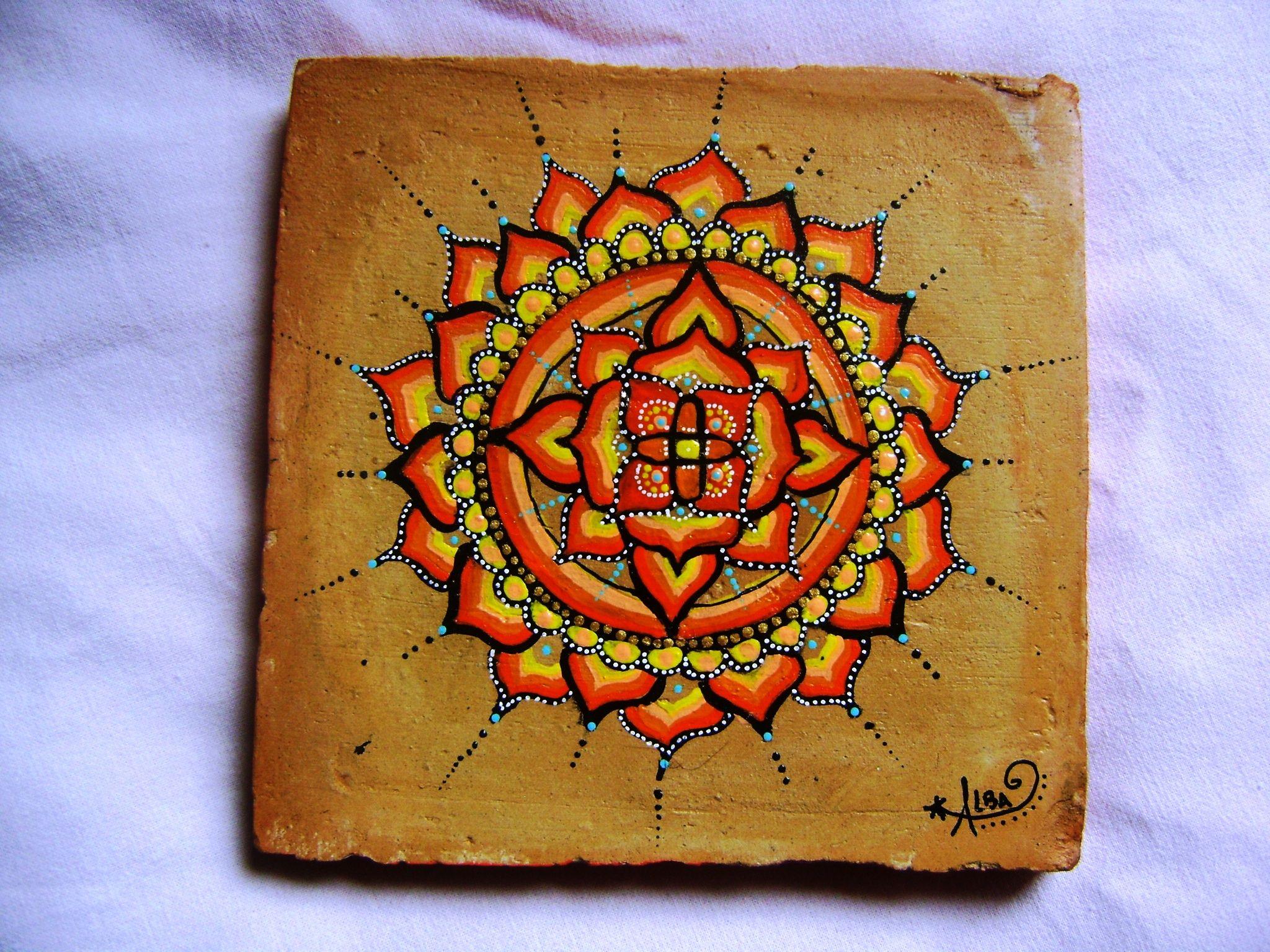 Pittura Su Piastrelle Di Ceramica : Mandala su terracotta piastrelle dipinte a mano