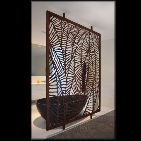 Decorative panels in the bathroom