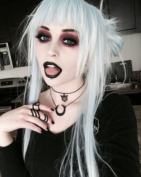 Photo of Fantasie-Make-up – Liebe den Touch des Theaters – erinnert mich an The Mikado – Spitze