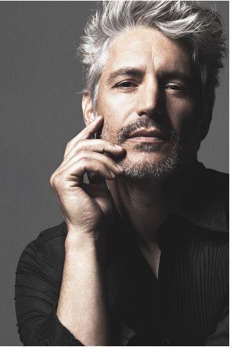 Coupe cheveux gris homme 50 ans