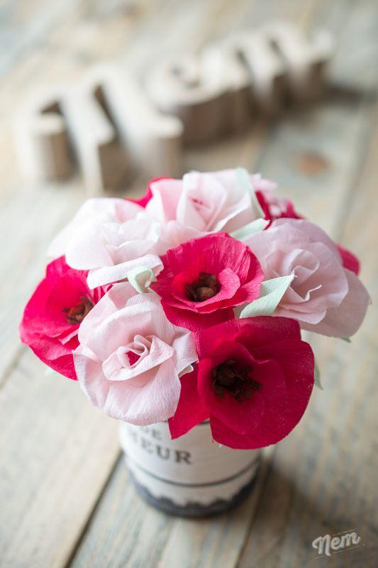 diy fleurs en papier cr pon fleurs. Black Bedroom Furniture Sets. Home Design Ideas