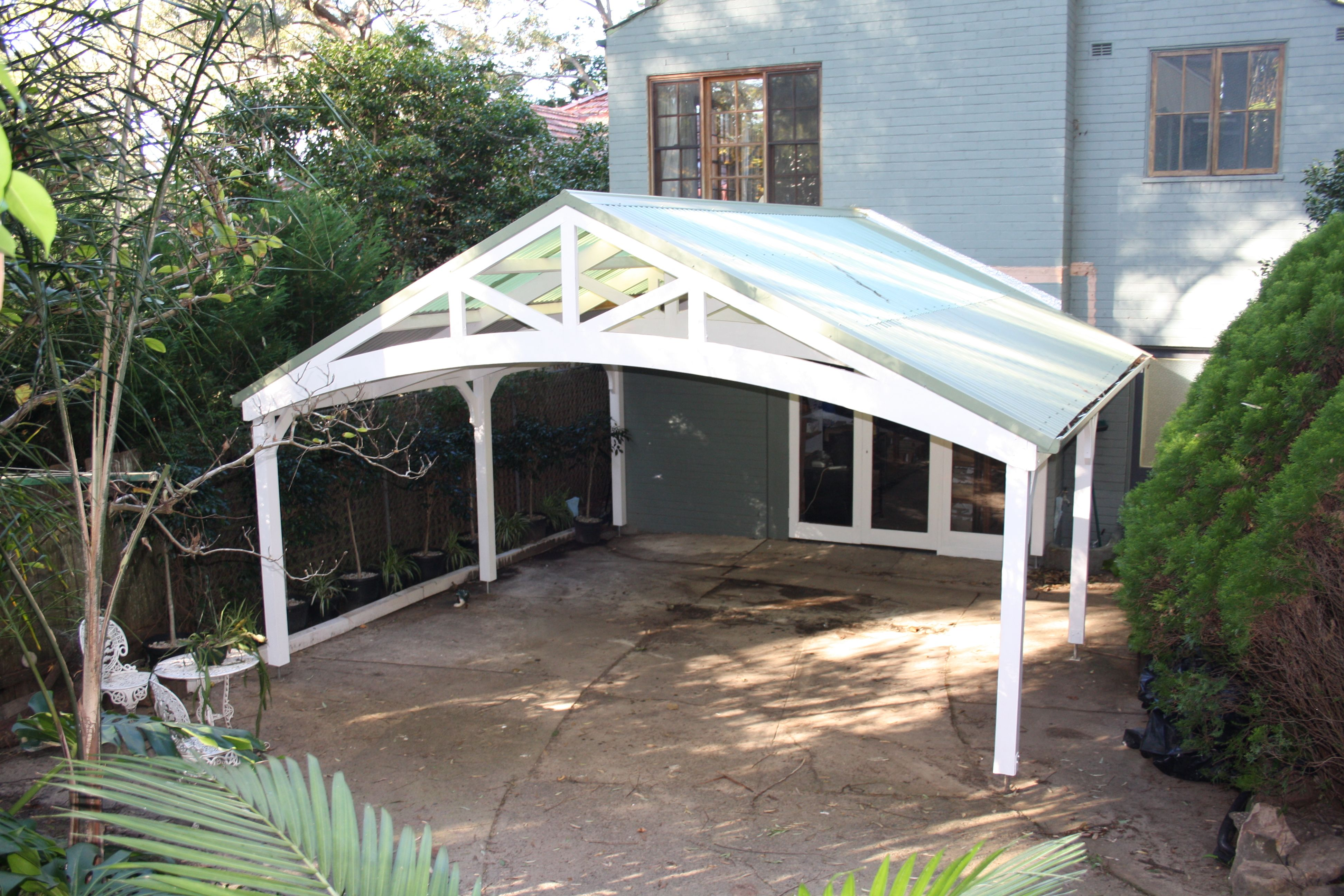 Carport in front of a garage