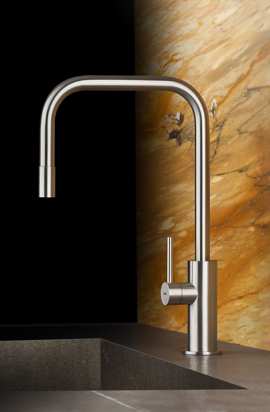 Lovely Exquisite Kitchen Faucets Merge Italian Design With Elegant Aesthetics