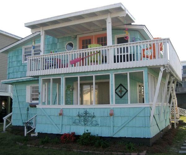 Updating A 1950s Beach House In North Carolina Beach House House Beach House Exterior