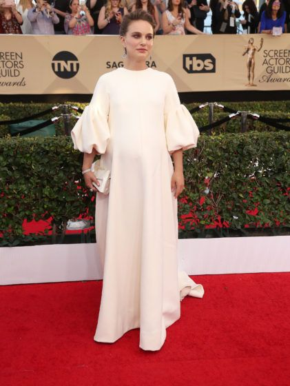 52298849 The 23rd Annual Screen Actors Guild Awards - Arrivals held at The Shine Expo Hall in Los Angeles, California on 1/30/17. The 23rd Annual Screen Actors Guild Awards - Arrivals held at The Shine Expo Hall in Los Angeles, California on 1/30/17. Natalie Portman FameFlynet, Inc - Beverly Hills, CA, USA - +1 (310) 505-9876