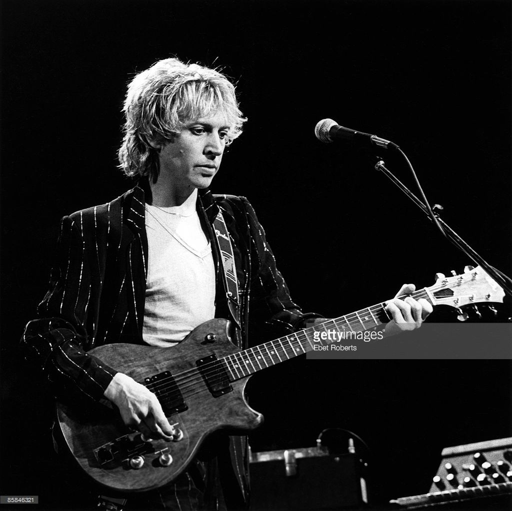 Hot Licks Andy Summers: Guitar DVD | Music & Arts