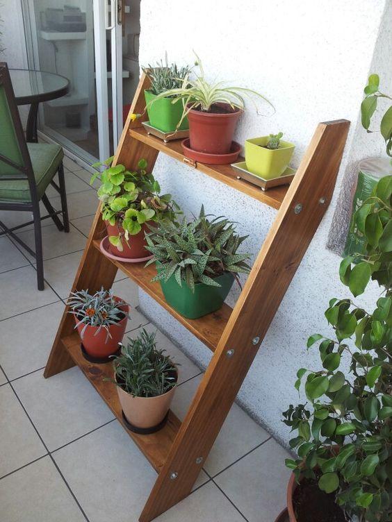 15 façons dutiliser le bois pour décorer votre balcon – Page 2 sur 3
