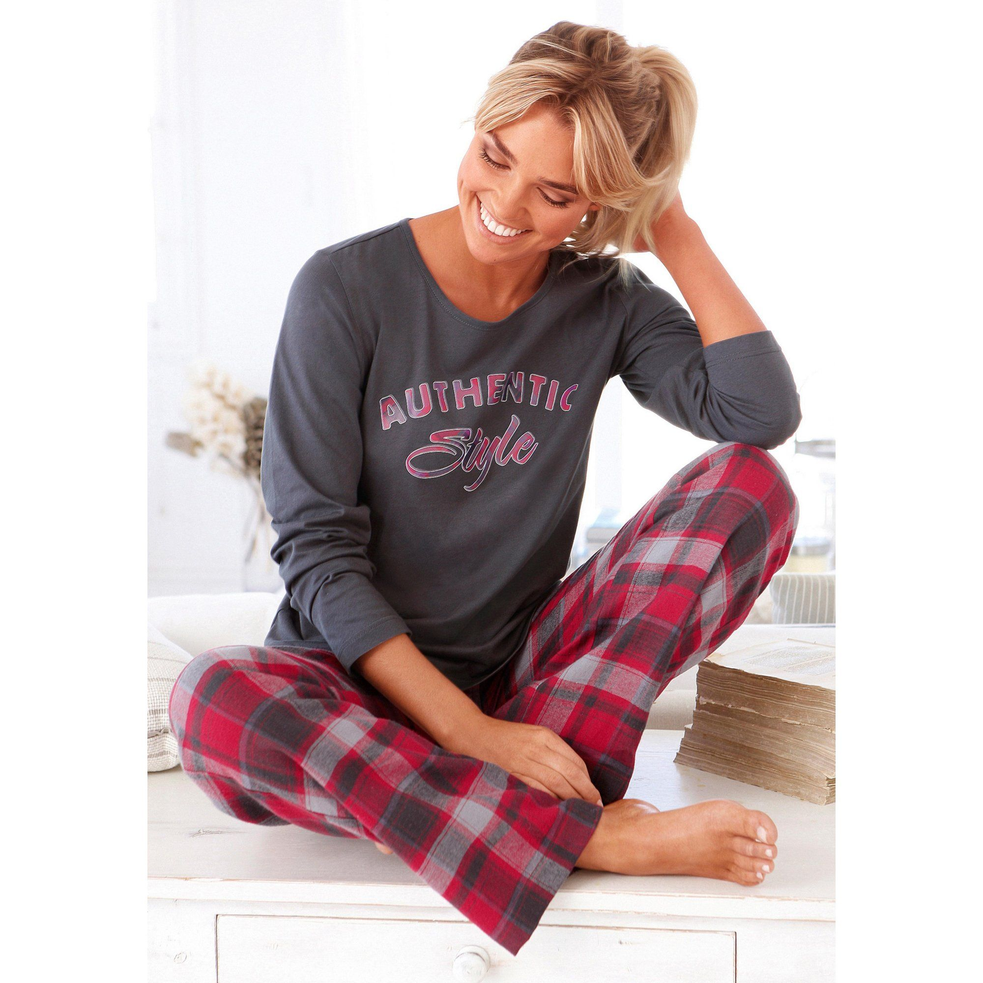 chaussures de sport 4e8a5 68be7 Épinglé sur Pyjamas