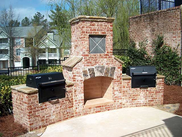 Charmant Outdoor Fireplace Plans | Easy And Attractive To Look At   Outdoor Brick  Fireplace Grill