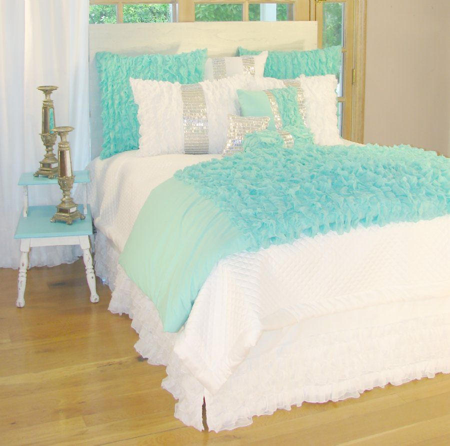 Twin bedding guest room - Glitz And Glamour Turquoise Sweet Peaches Bedding