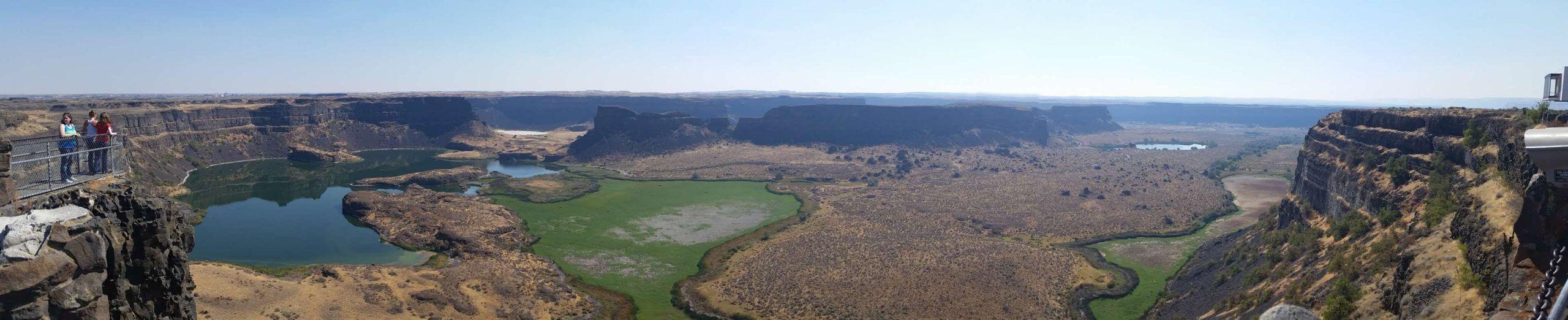 Photo of #canyon #daylight #dry falls #geology #hill #horizontal