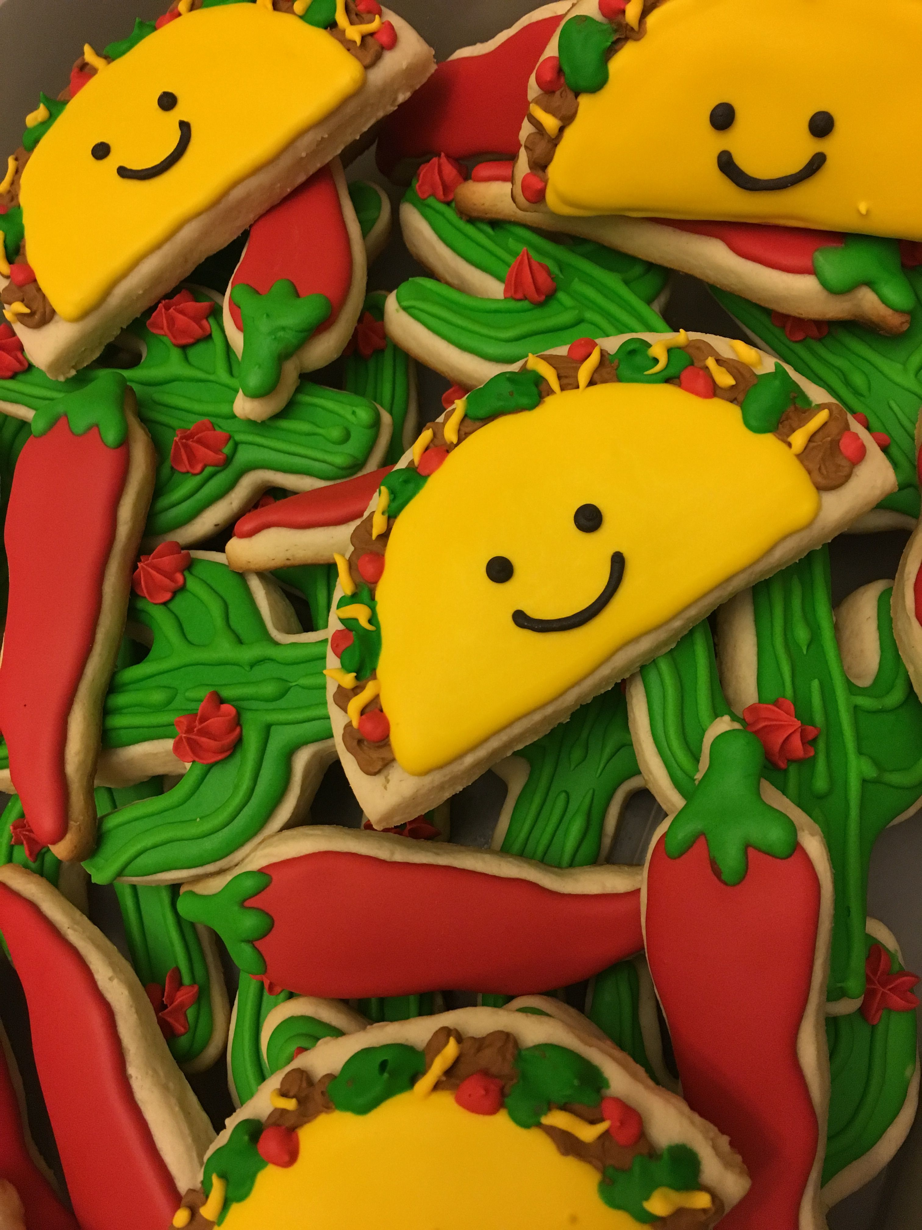 Taco, cactus, and chili pepper cookies for my daughters ...