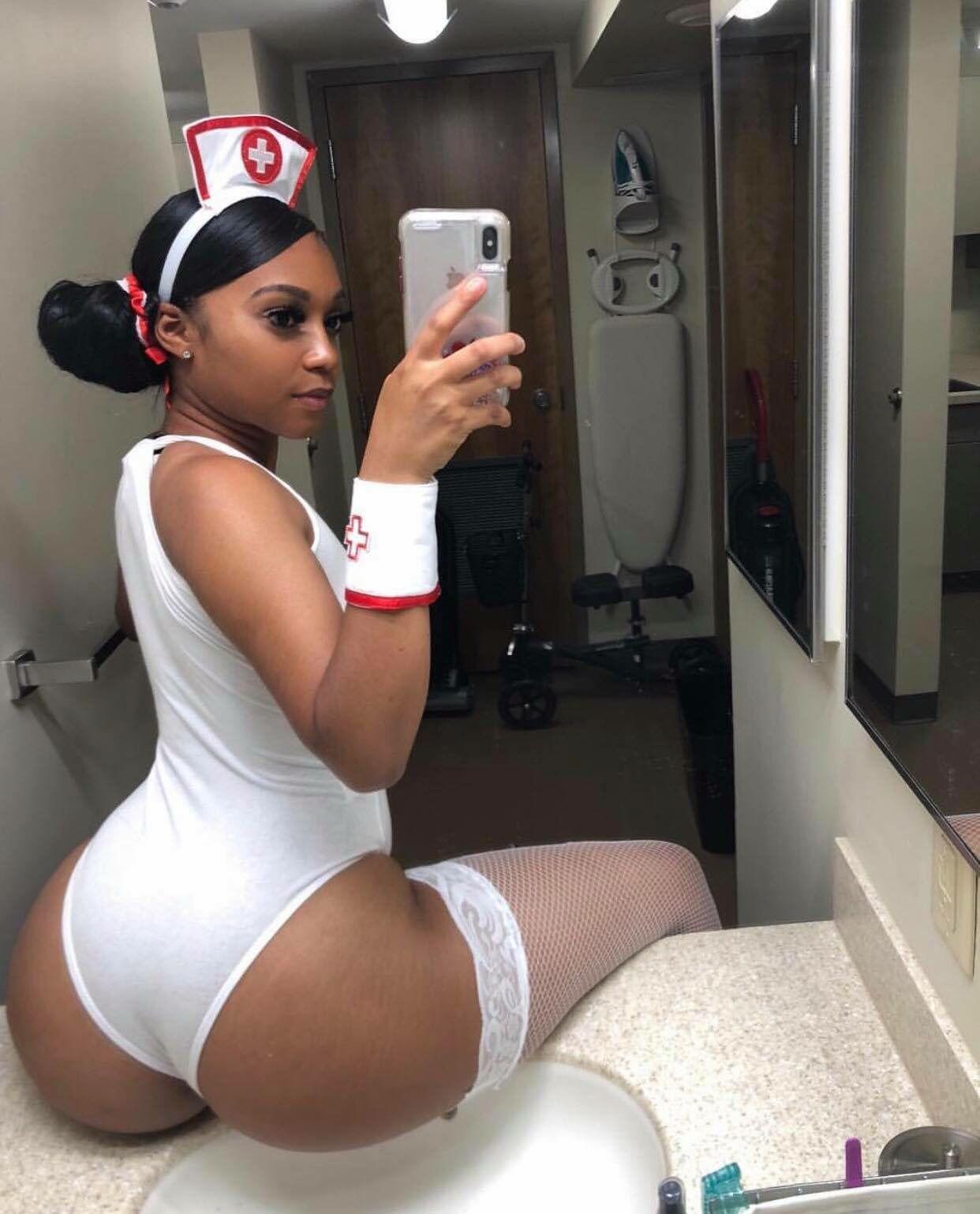 Big Booty Ghanaian Nurse Doesn't Respect The Uniform