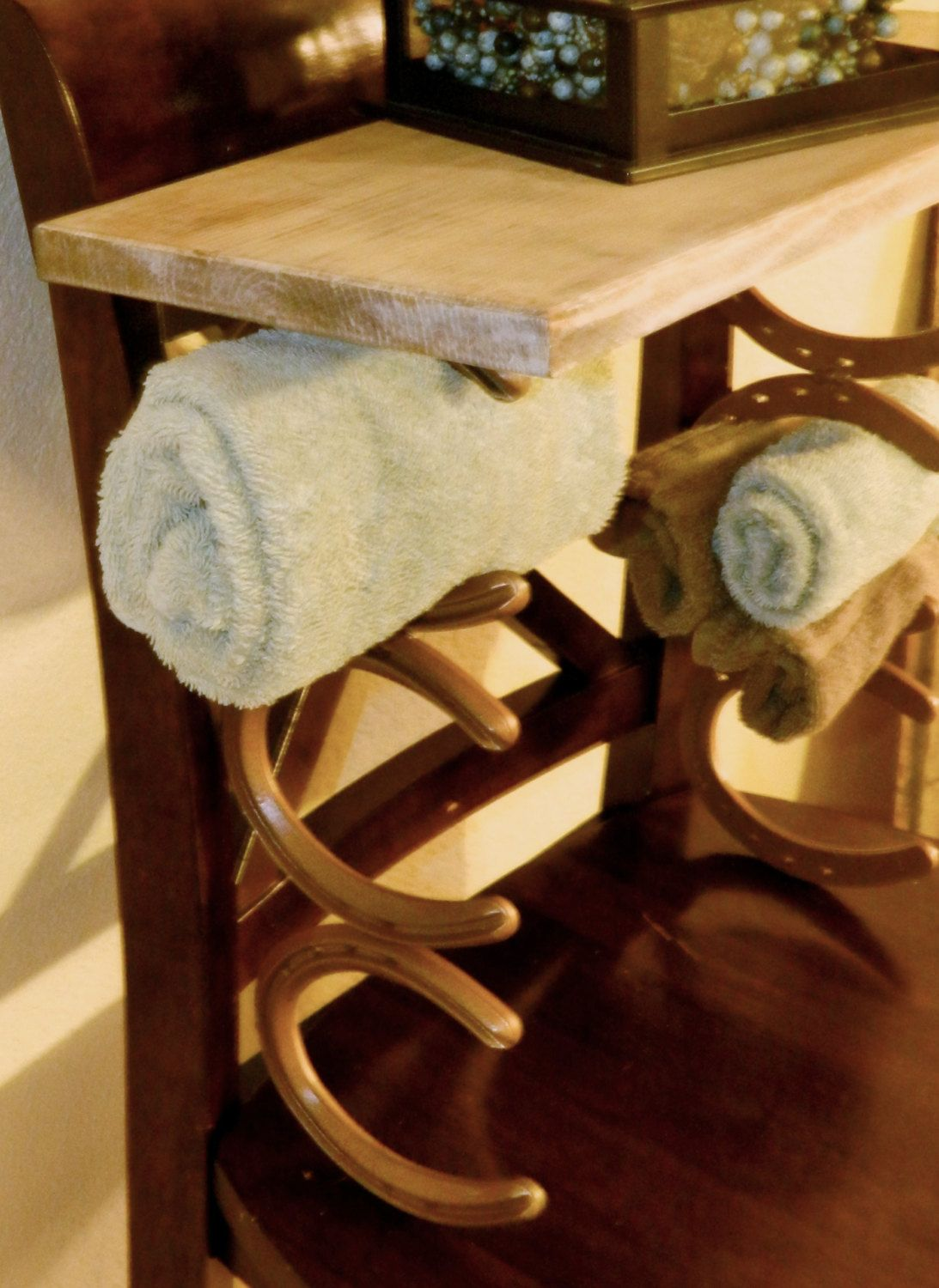 Rustic Western Cowboy Horseshoe Towel Rack Shelf Country