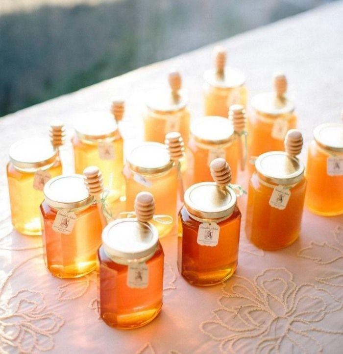 Gastgeschenke zur Hochzeit honigglaser mit honigloeffeln