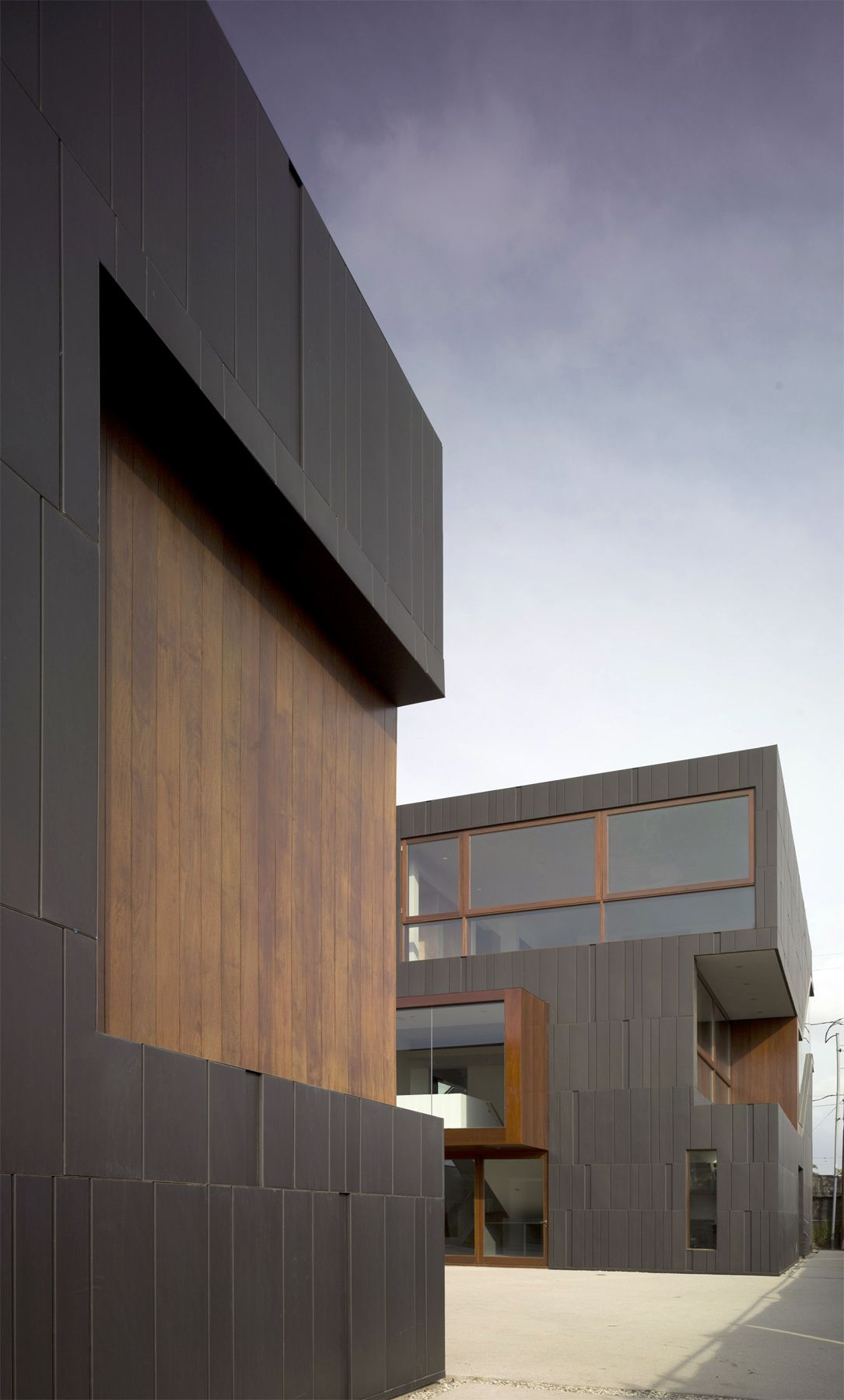 Modern Architecture Artists dwell - live outside the box in this artist's haven for $3.5m