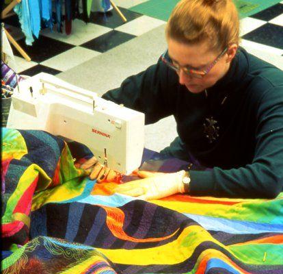 Machine Quilting: Managing a Large Quilt Sandwich on a standard ... : machine quilting a large quilt - Adamdwight.com