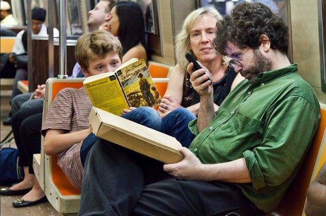 Underground New York Public Library – NYC Subway Passengers Reading Books (16 Pictures)
