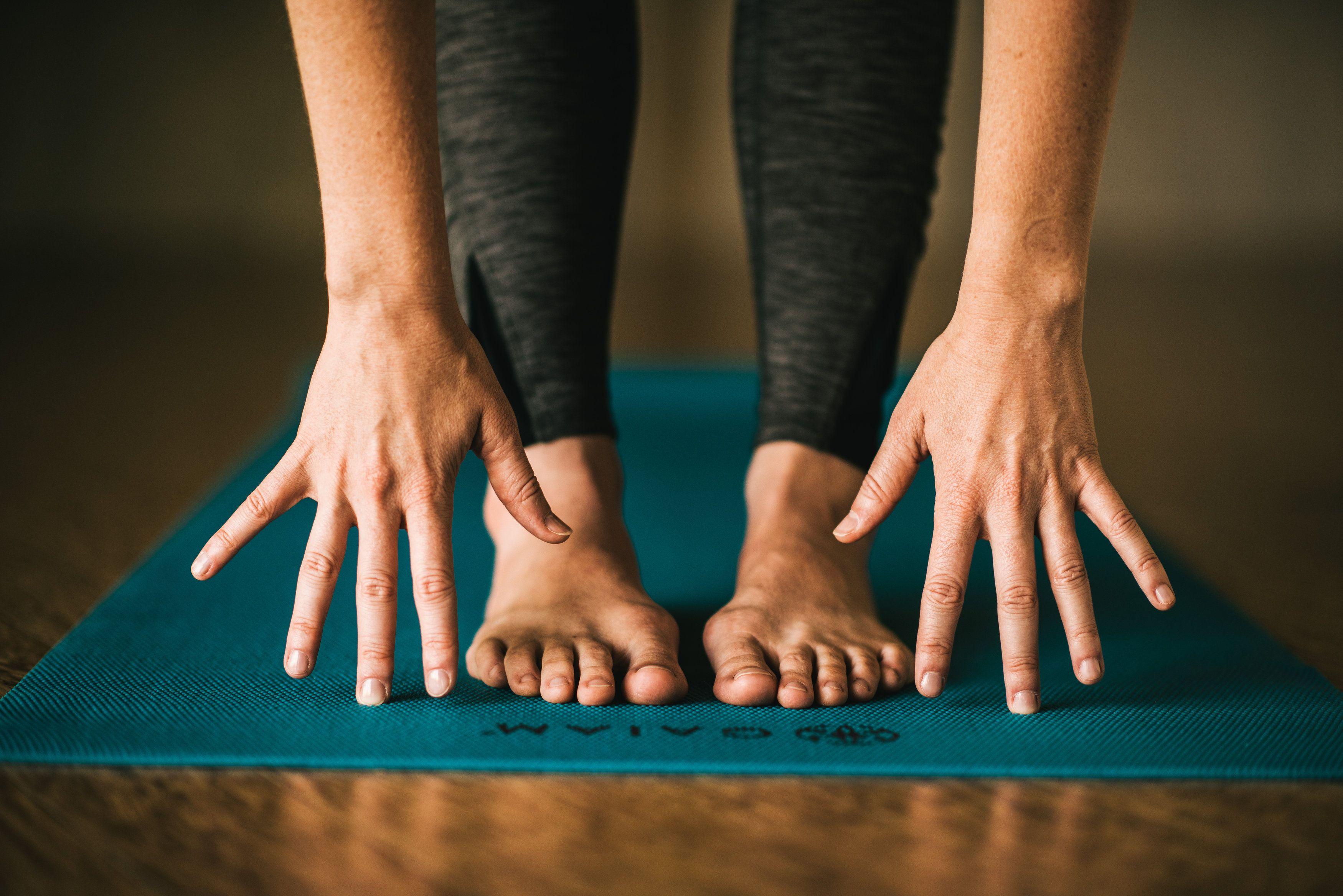 Overcoming The Fear Of Yoga Yoga Photography Yoga Fitness Body