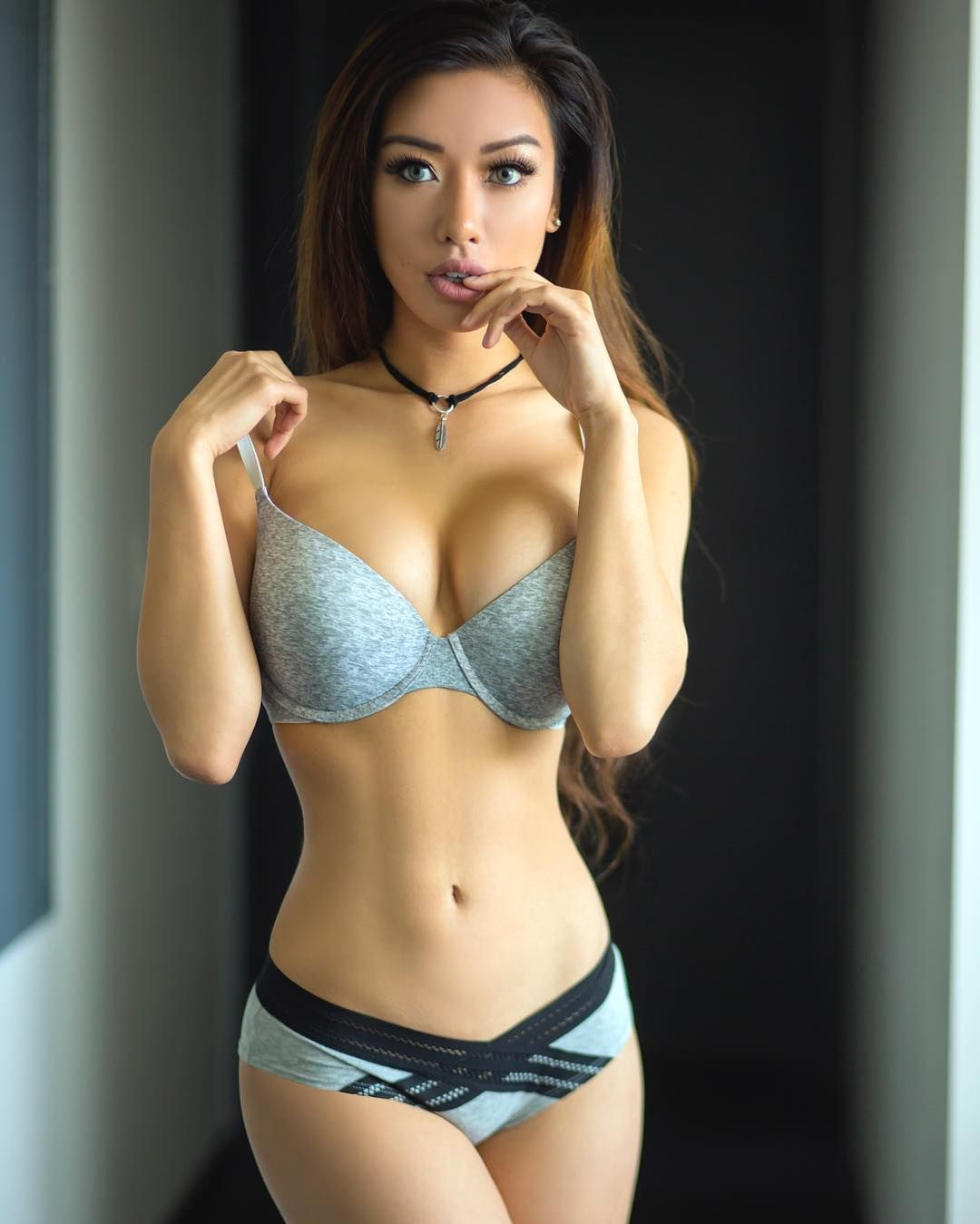 Top Five Hottest Asian Mma Fighters